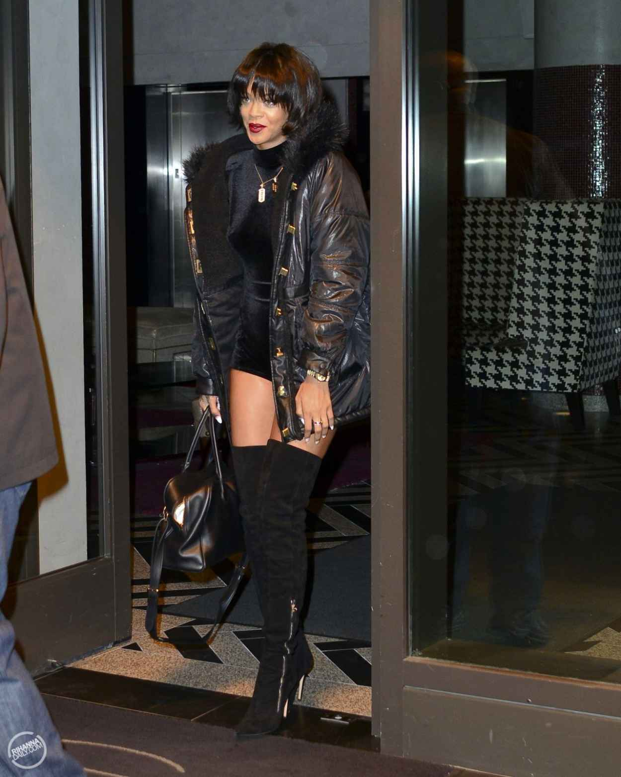 Rihanna Street Style - Wearing a short Jumpsuit in New York City - November 2015-2
