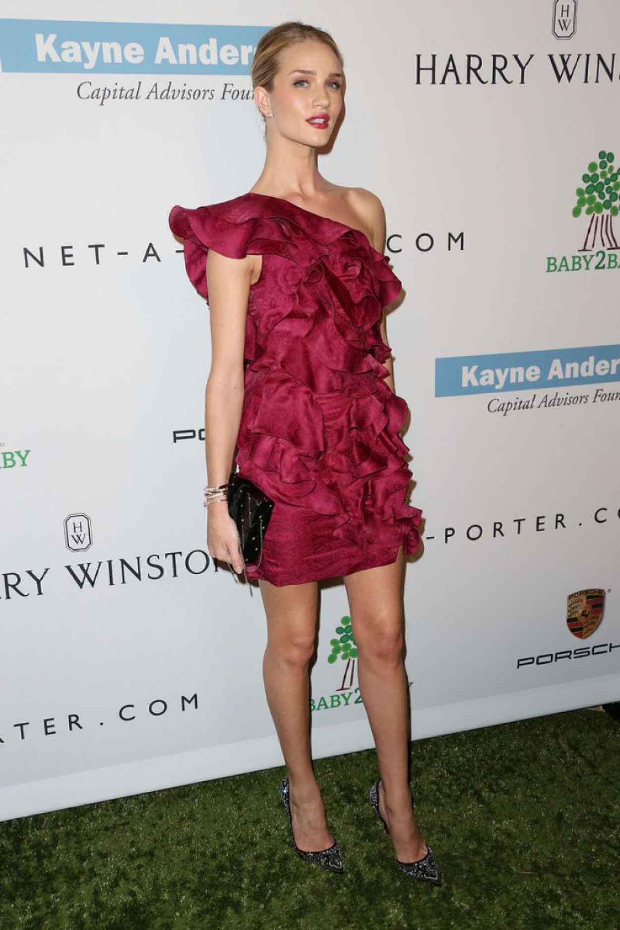 Rosie Huntington-Whiteley - 2nd Annual Baby2Baby Gala in Culver City-1