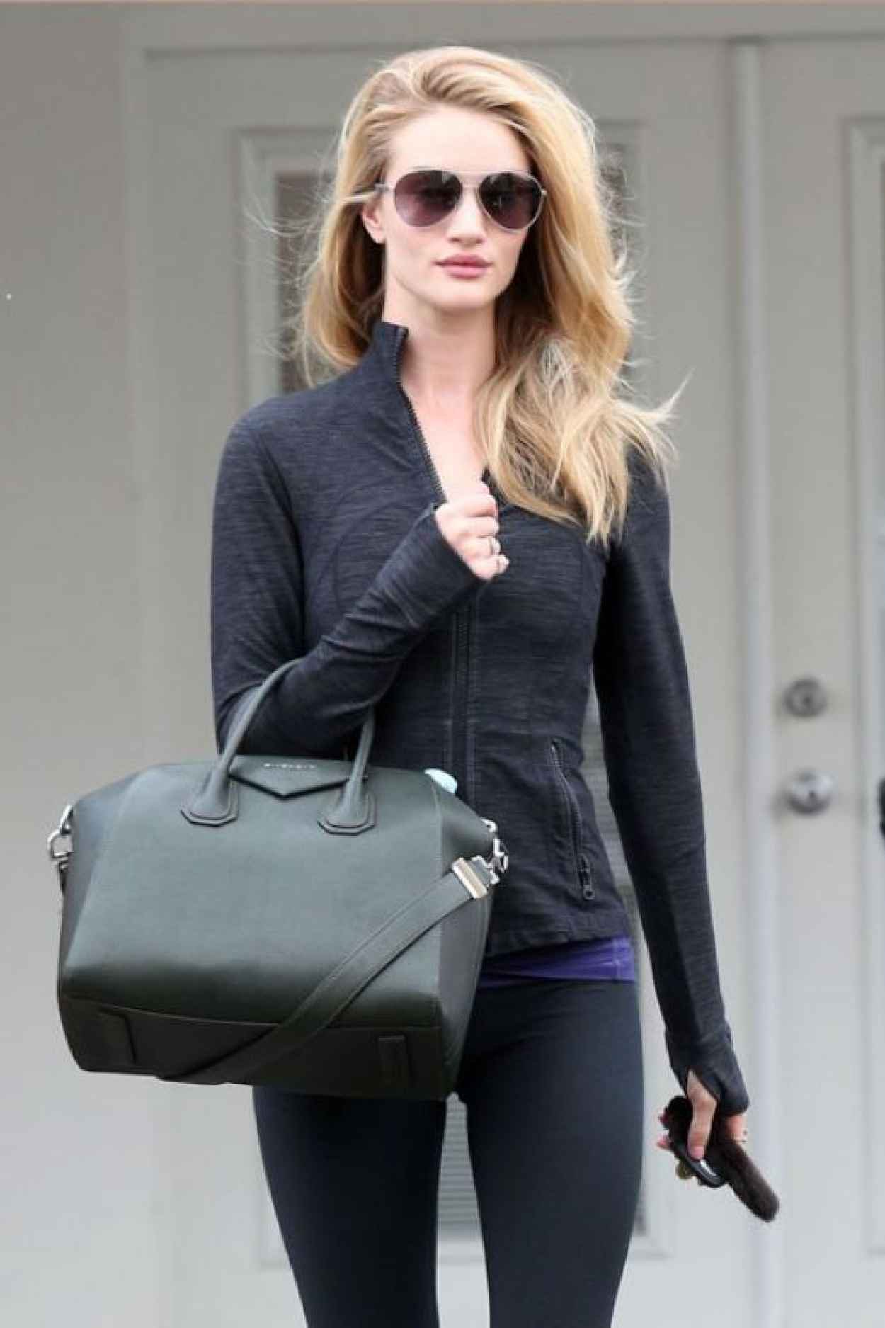 Rosie Huntington-Whiteley Style - Leaving the Gym - Los Angeles, January 2015-1