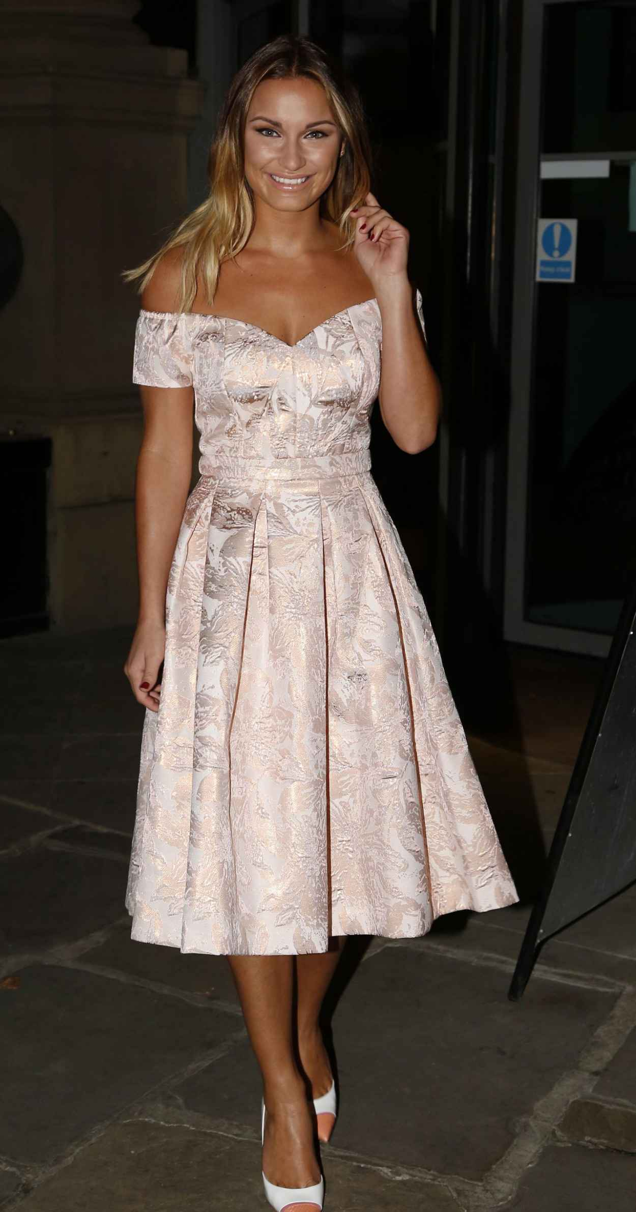 Sam Faiers Night Out Style - Leaving the Malmaison Hotel in Leeds-1