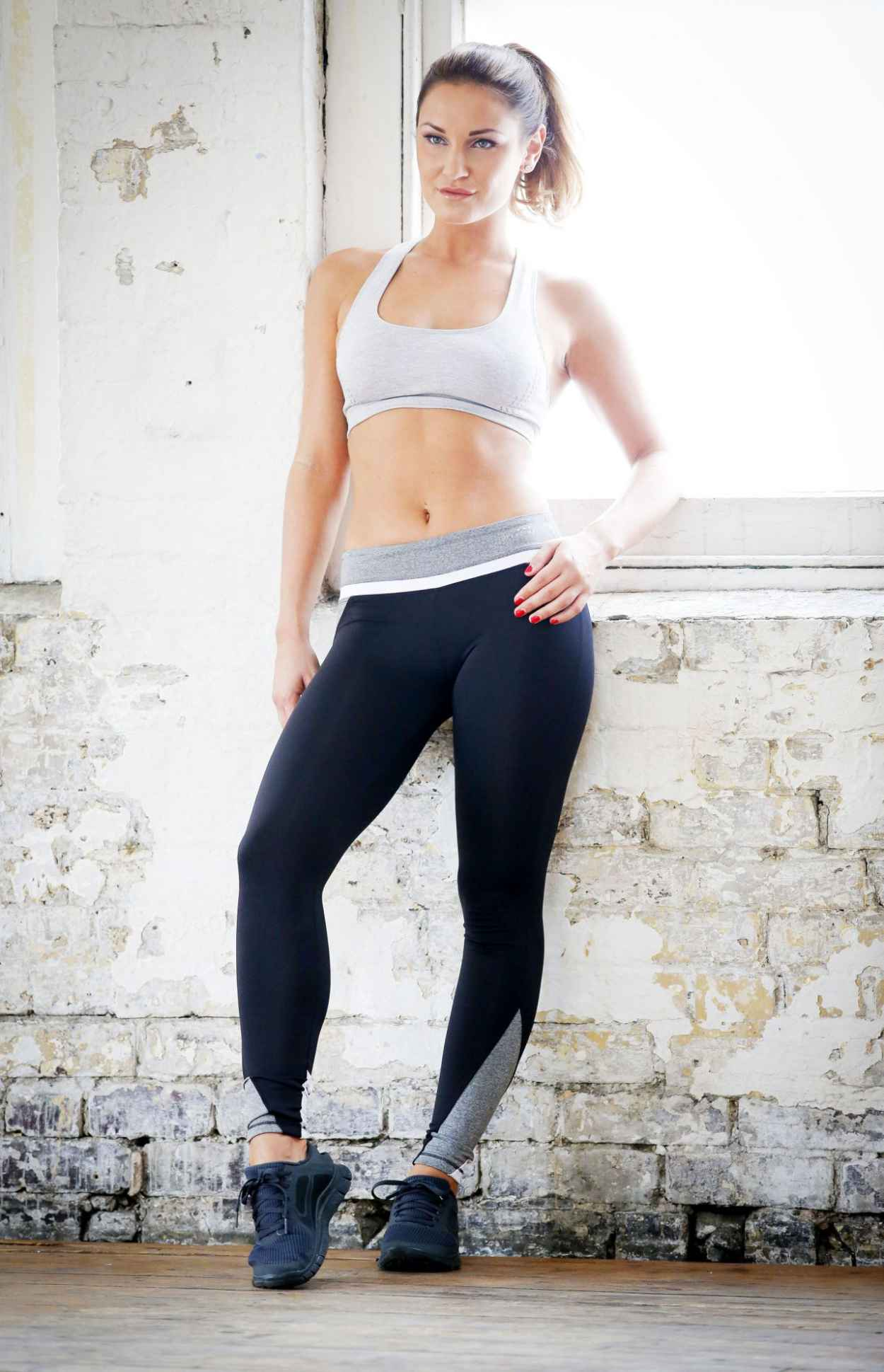 Sam Faiers - Workout PhotoShoot (2014)-1