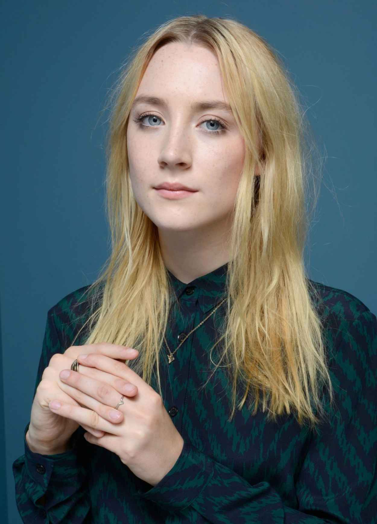 "Saoirse Ronan - ""How I Live Now"" Portraits at TIFF 2015-1"