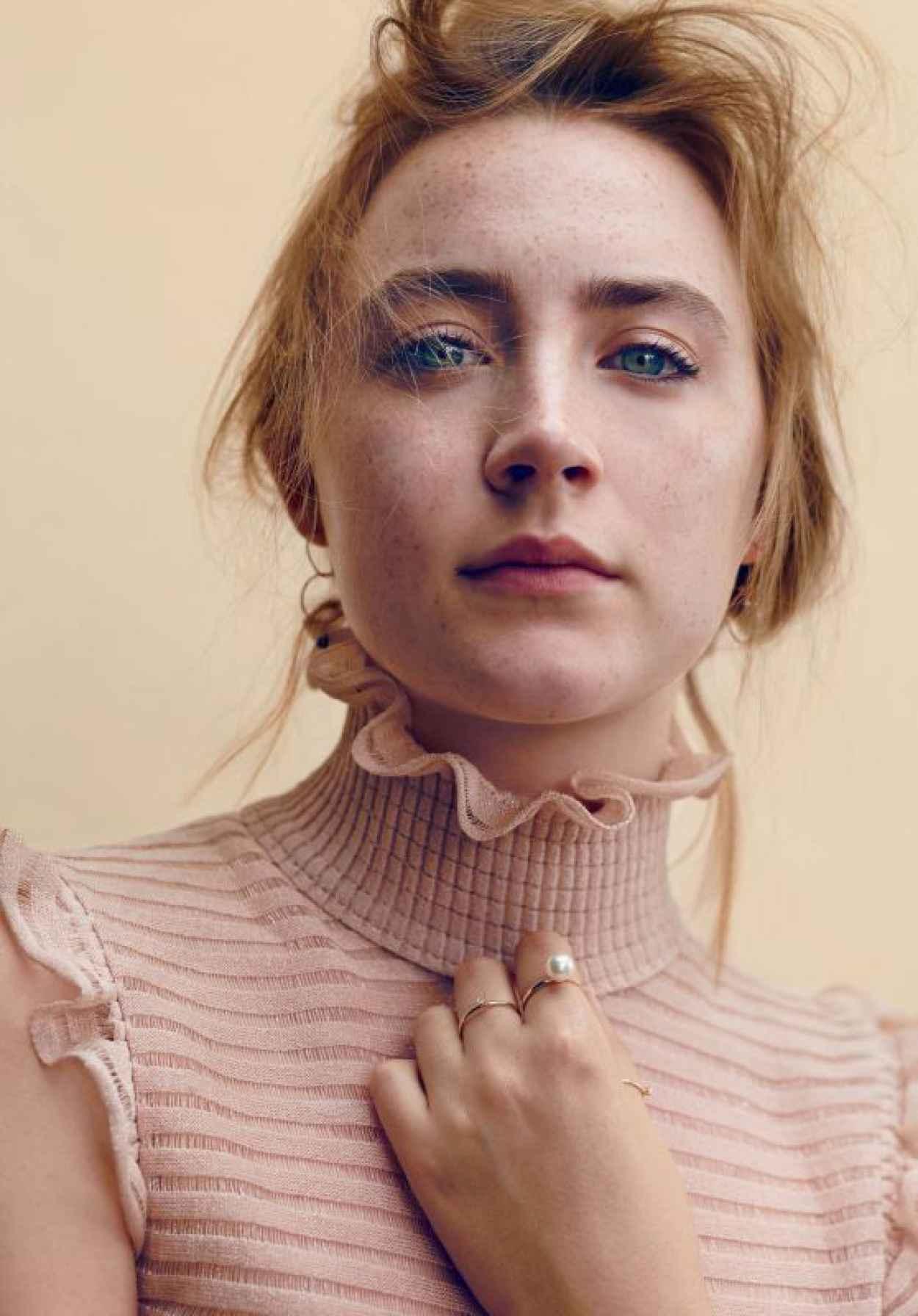 Saoirse Ronan - Photoshoot for Glamour Magazine November 2015-1
