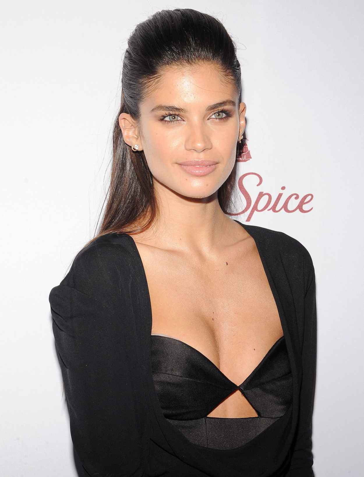 Sara Sampaio - 2015 Sports Illustrated Swimsuit Issue Celebration in New York City-1