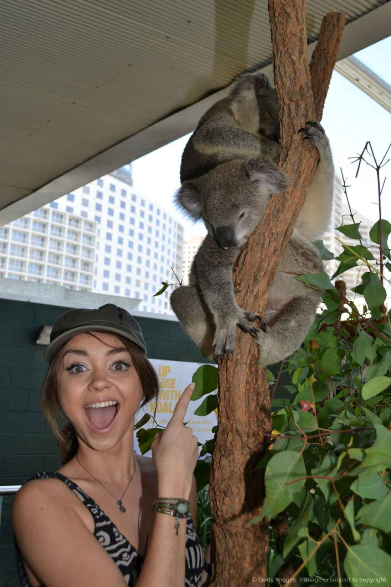 Sarah Hyland Visited Sydney Zoo - Australia, Feb. 2015-1