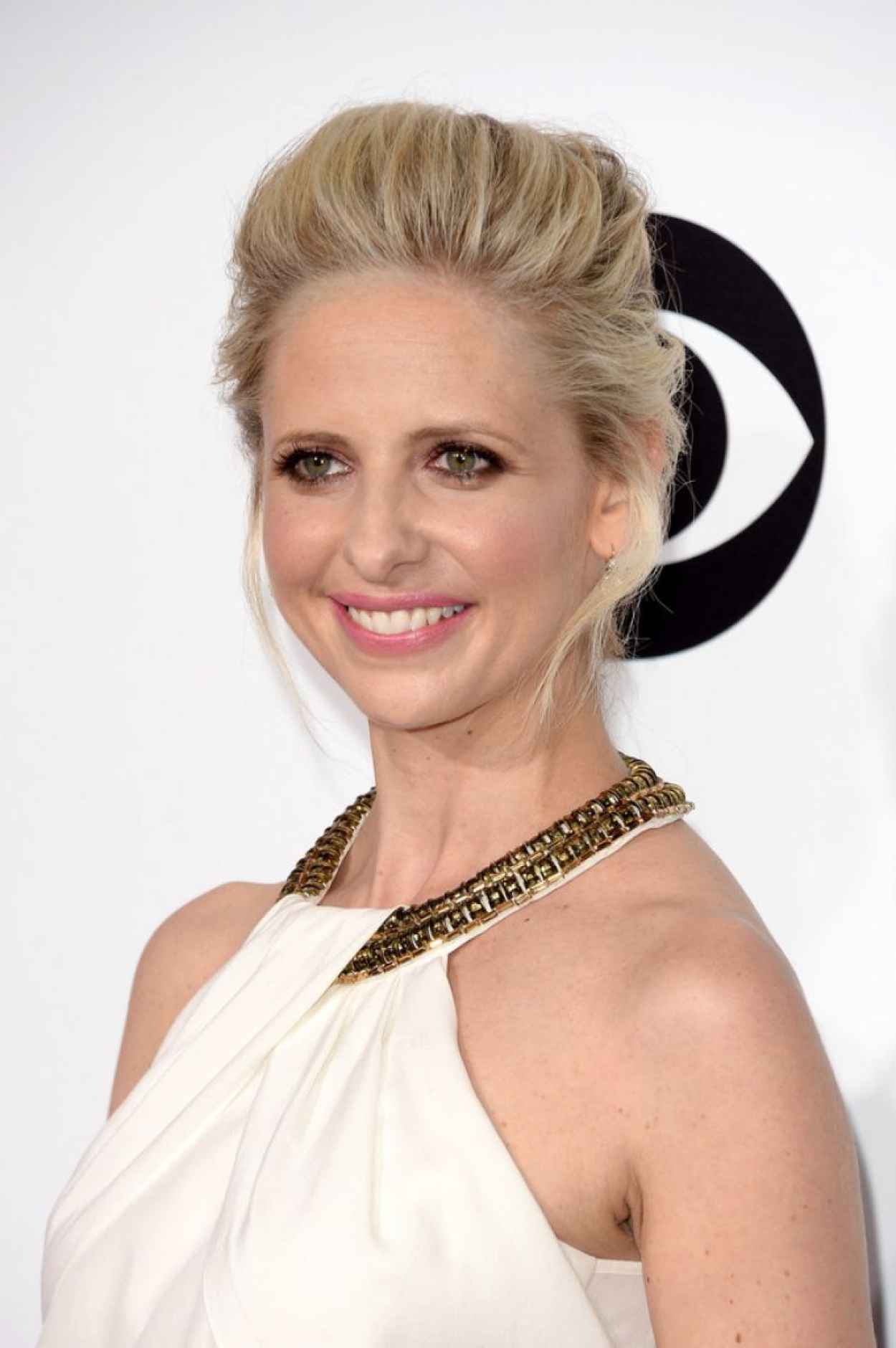 Sarah Michelle Gellar - 2015 Peoples Choice Awards-1