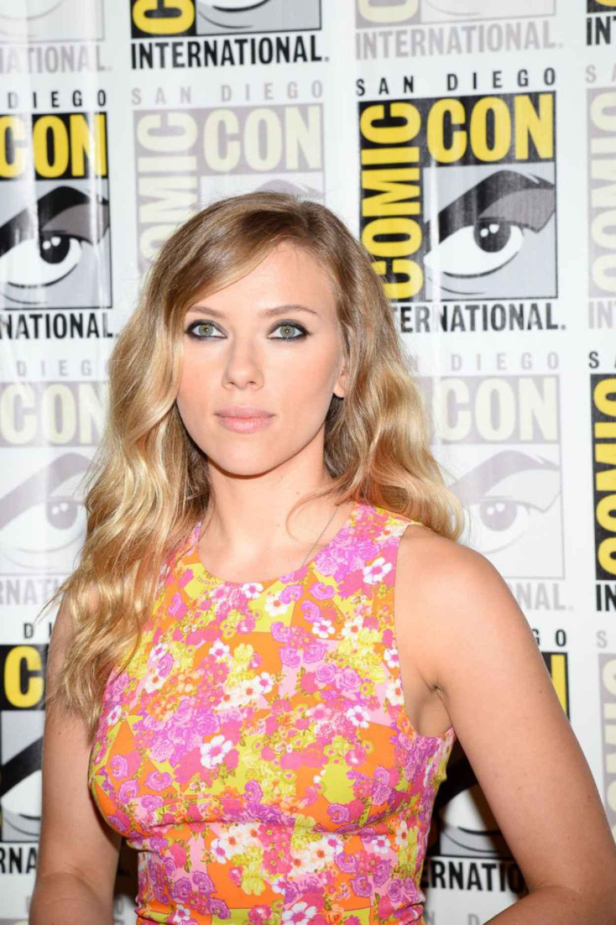 Scarlett Johansson - The Marvel Studios at Comic-Con 2015-1