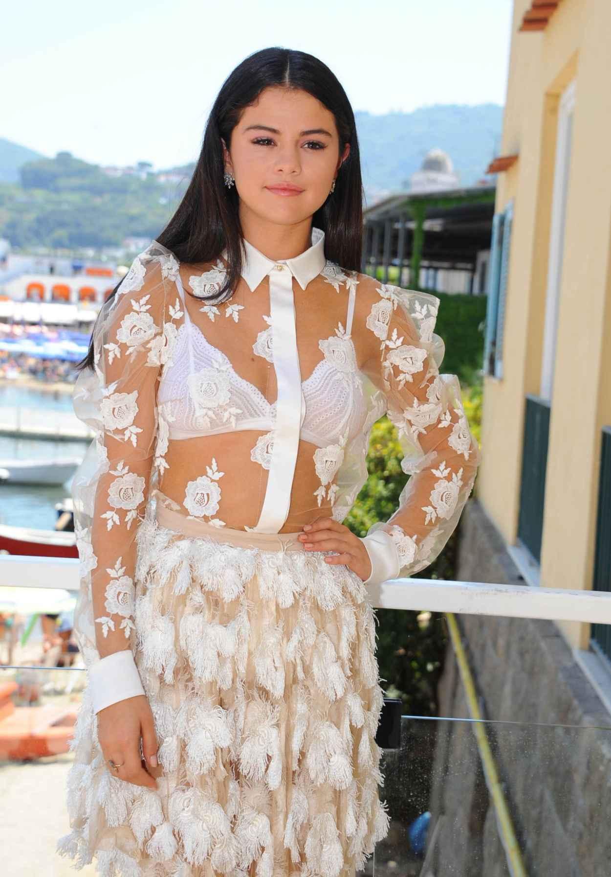 Selena Gomez - Ischia Global Film & Music Fest Press Conference - Day 8, July 2015-3