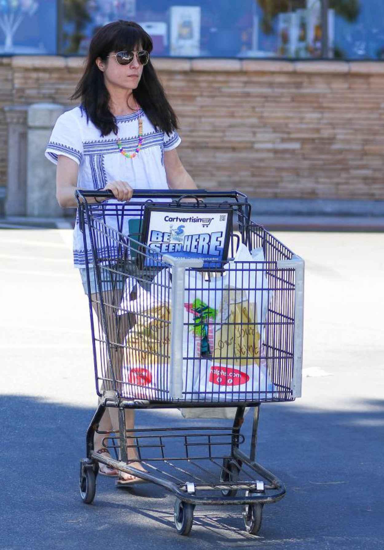 Selma Blair - Grocery Shopping at Ralphs in Studio City, April 2015-1