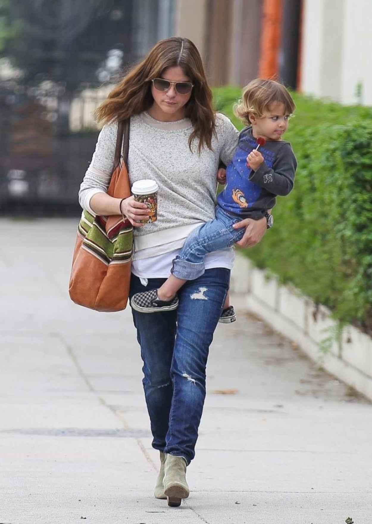 Selma Blair Street Style - Out in Studio City - March 2015-1