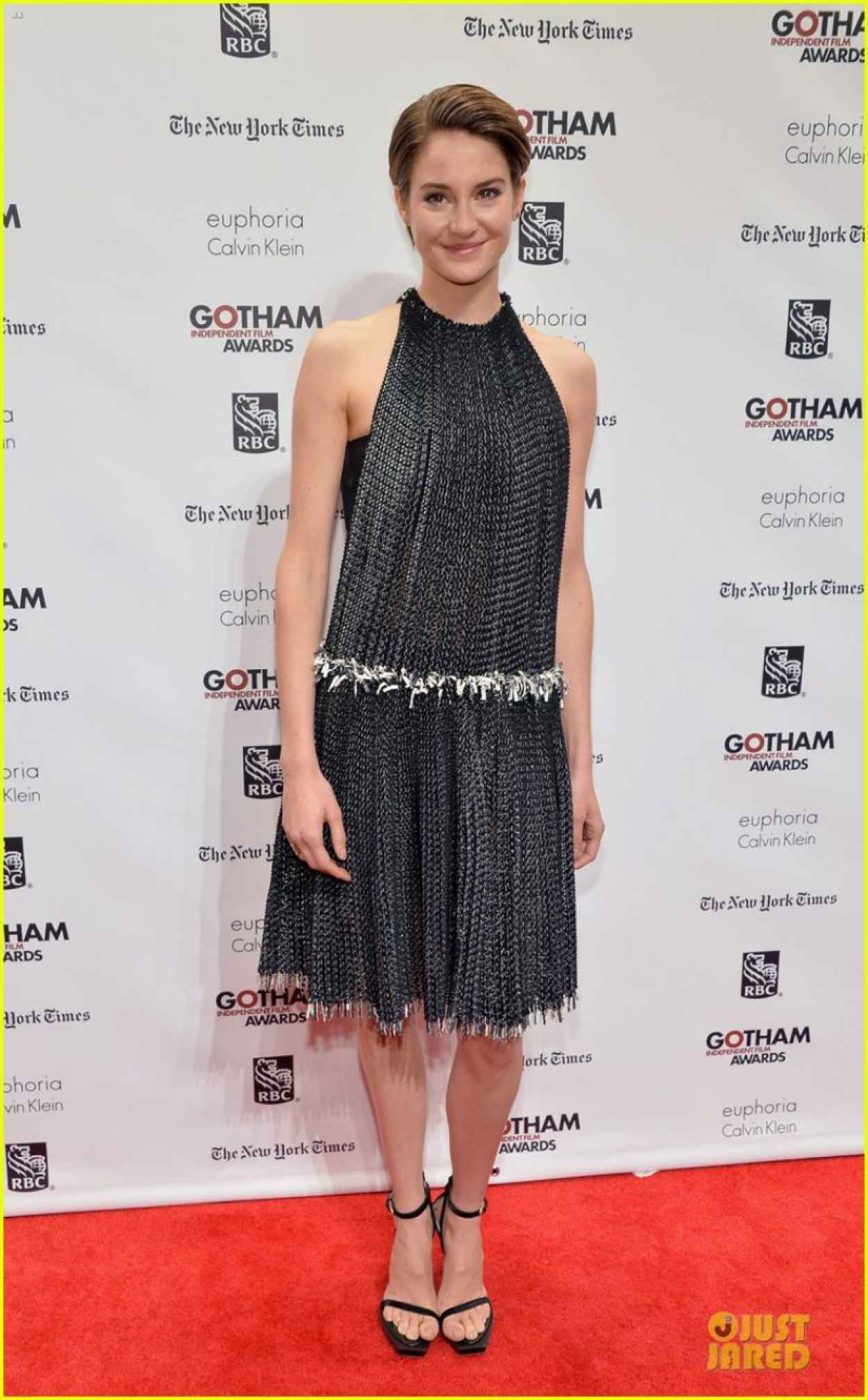 Shailene Woodley Red Carpet Photos - 2015 Gotham Independent Film Awards in New York City-4