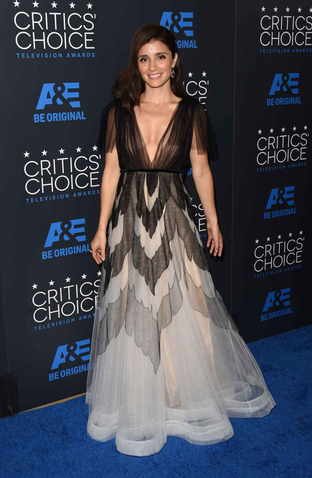 Shiri Appleby - 2015 Critics Choice Television Awards in Beverly Hills-4