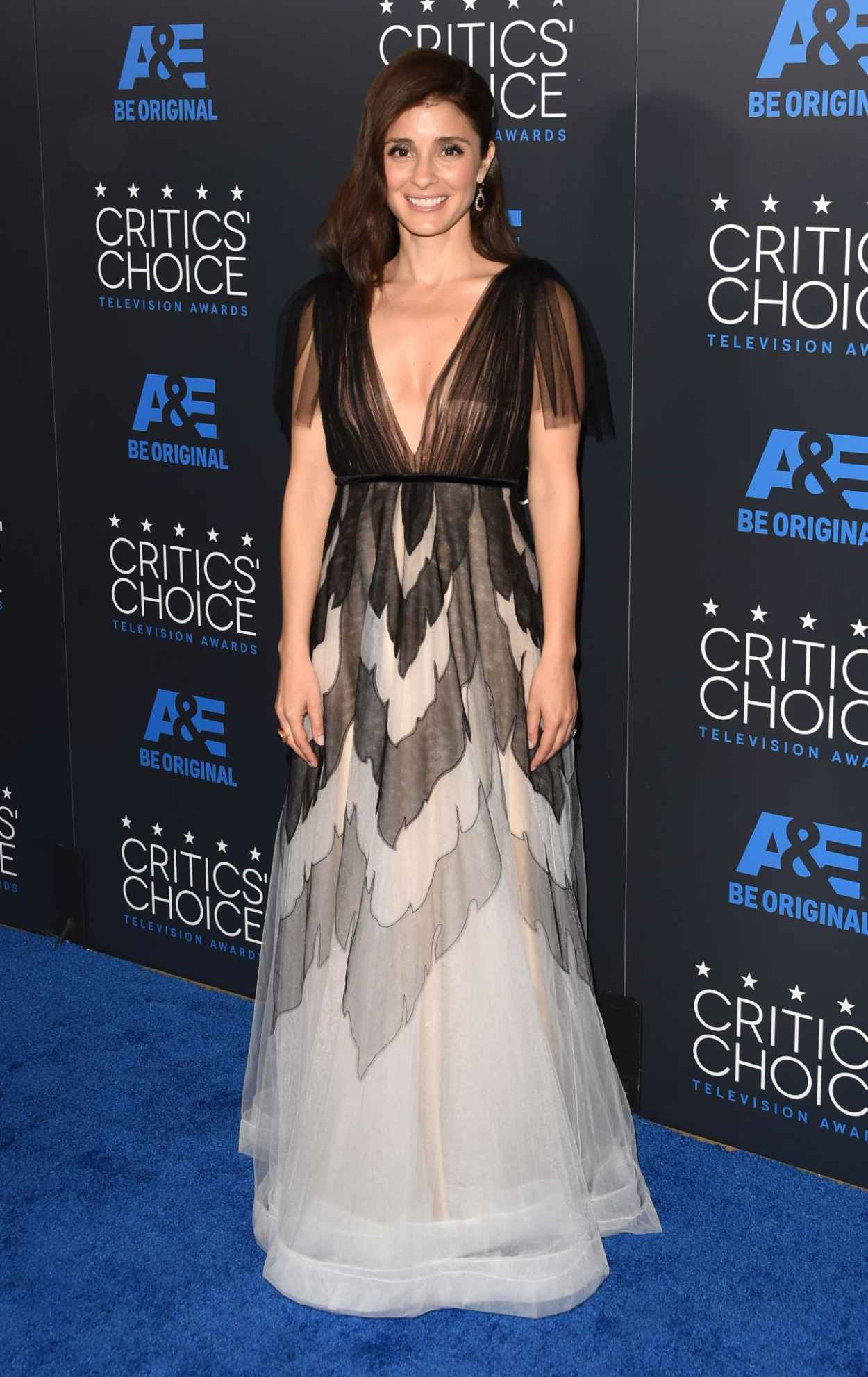 Shiri Appleby - 2015 Critics Choice Television Awards in Beverly Hills-5