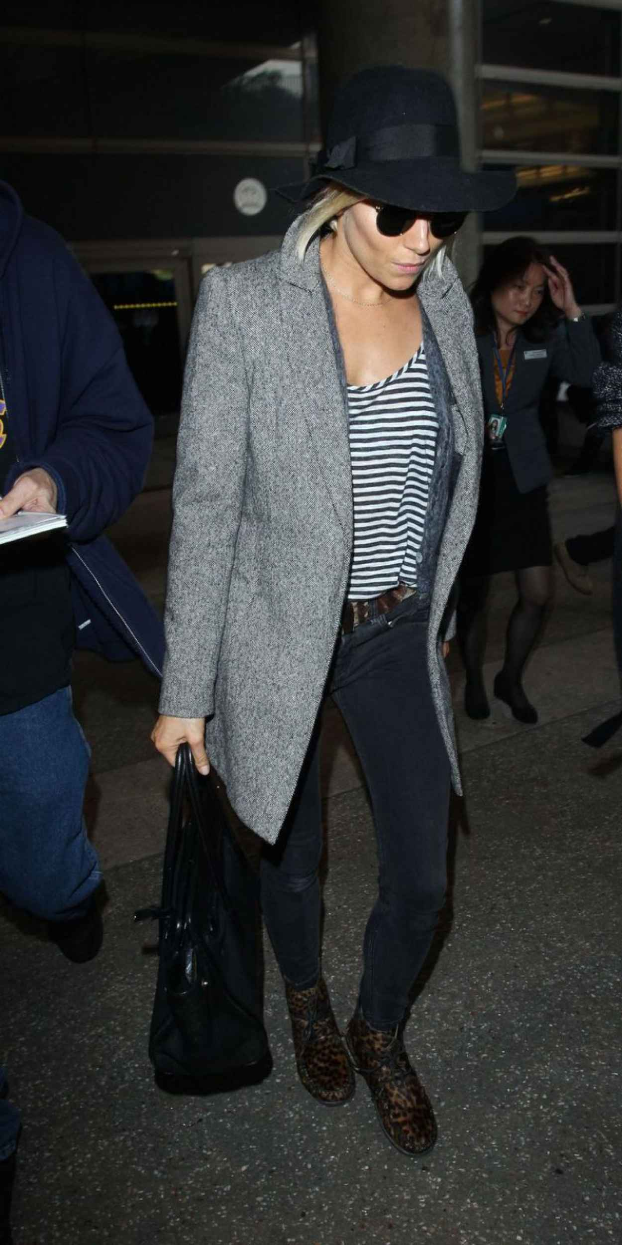 Sienna Miller - at LAX Airport, January 2015-1