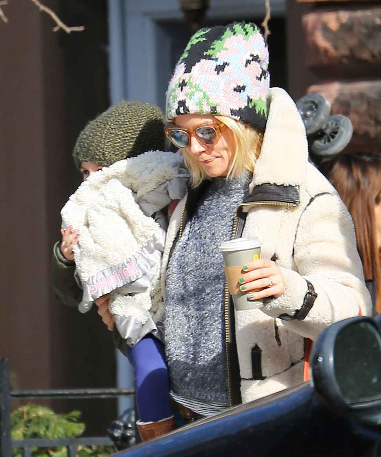 Sienna Miller at the Central Park Zoo in New York City, March 2015-1
