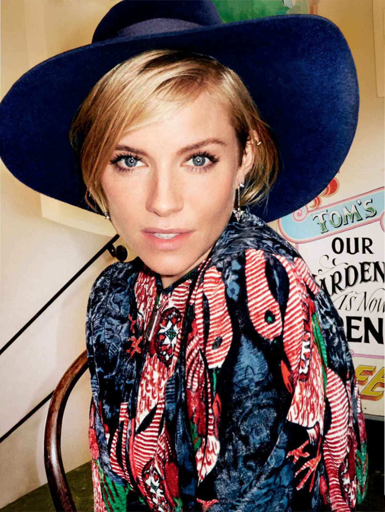 Sienna Miller - Vogue Magazine January 2015 Issue-1