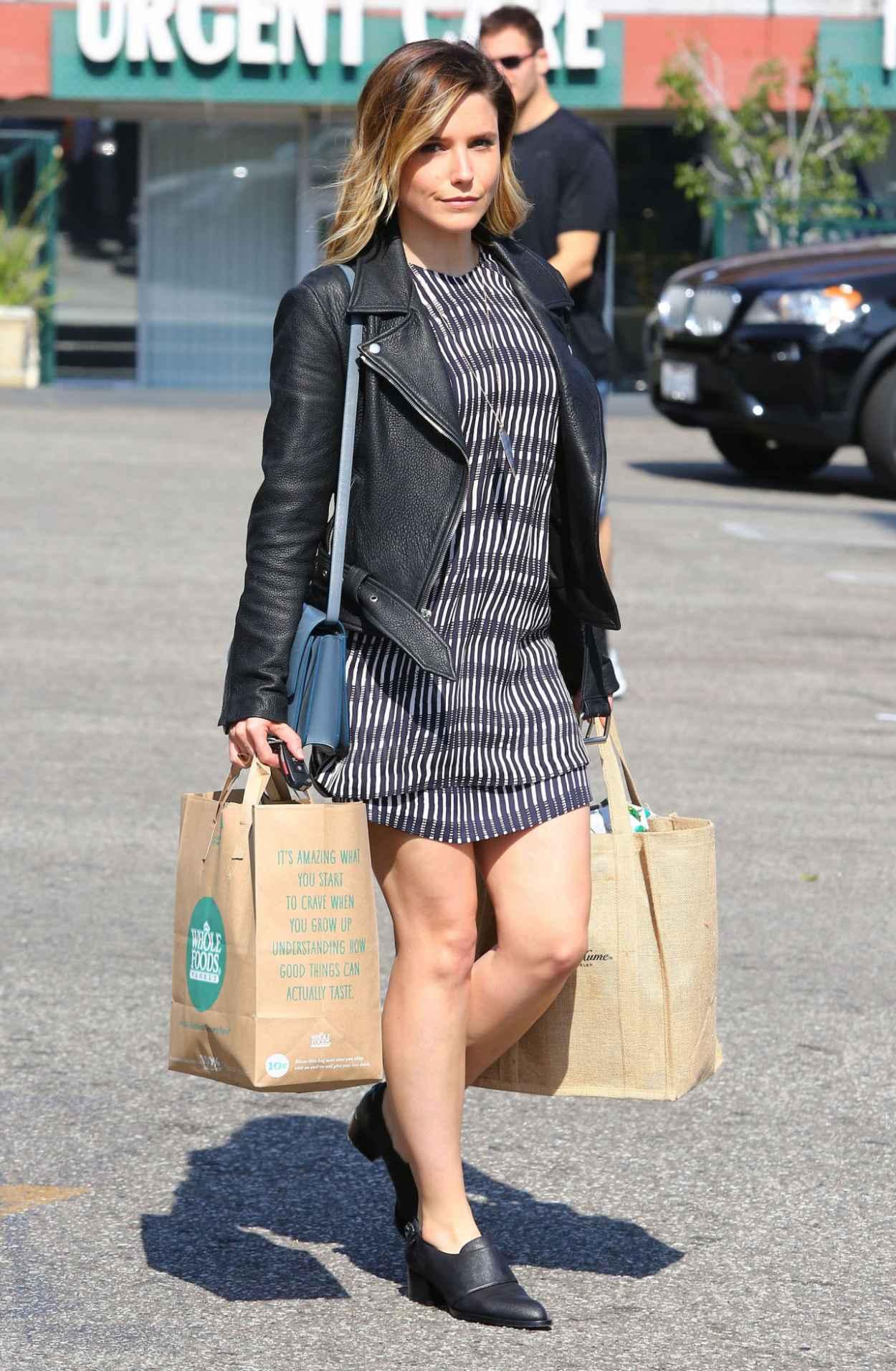 Katie Casey Los Angeles Sophia Bush Shopping At Whole Foods In Los