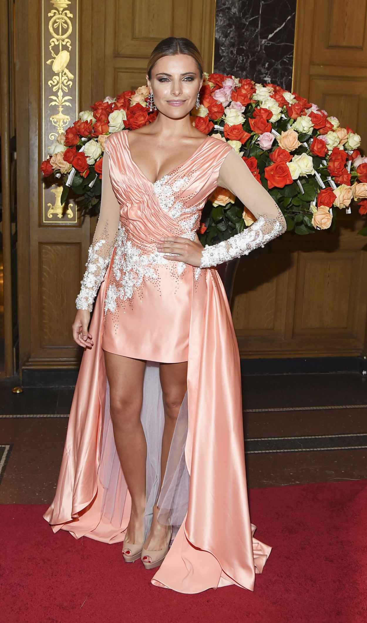 Sophia Thomalla - 10. SemperOpernball 2015 in Dresden-2