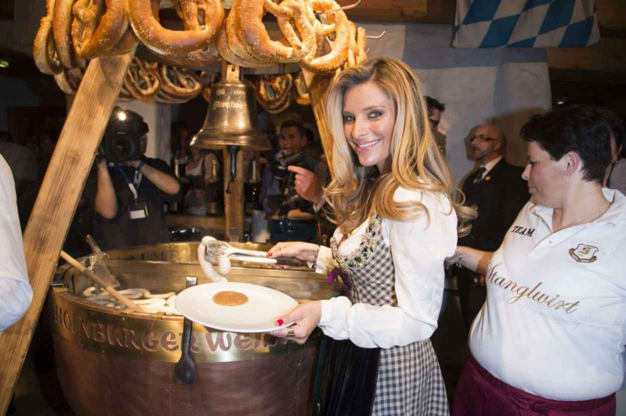 Sophia Thomalla - 2015 White Sausage Party in Kitzbuhel (Austria)-2