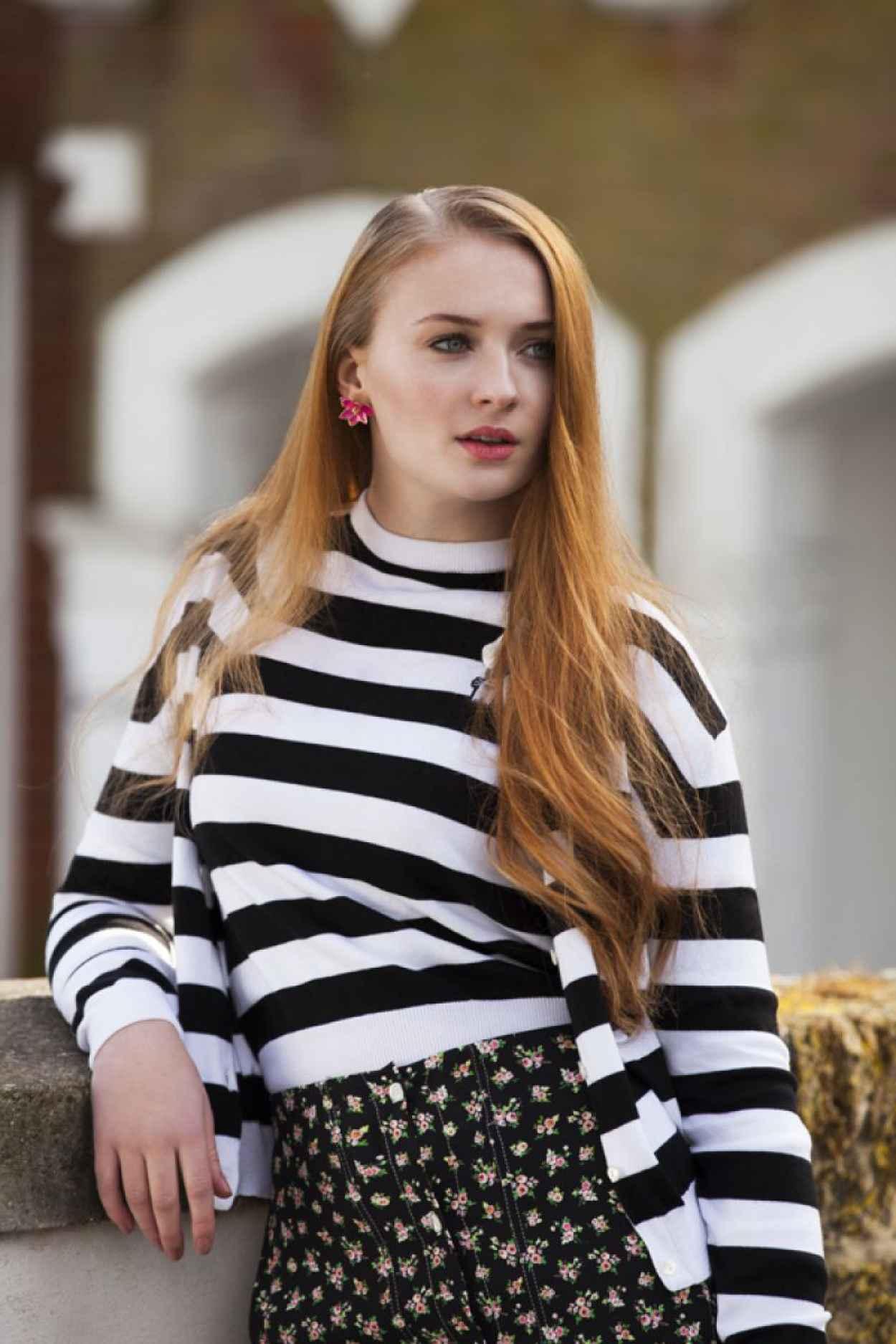 Sophie Turner (GoT) - Vanidad Magazine (Spain) April 2015 Issue-1