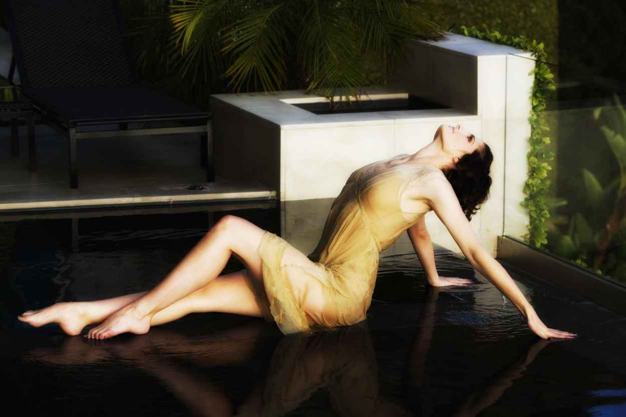 Stana Katic - Pool Photoshoot-2