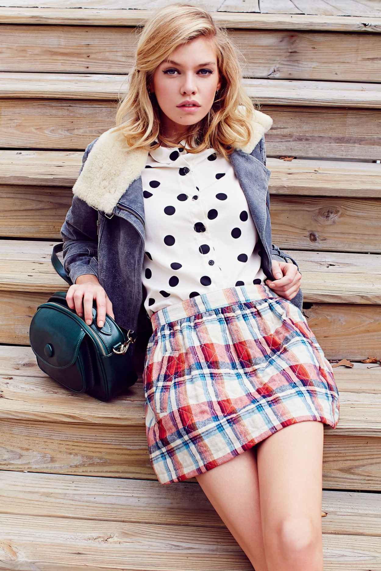 Stella Maxwell - Urban Outfitters (2014)-1