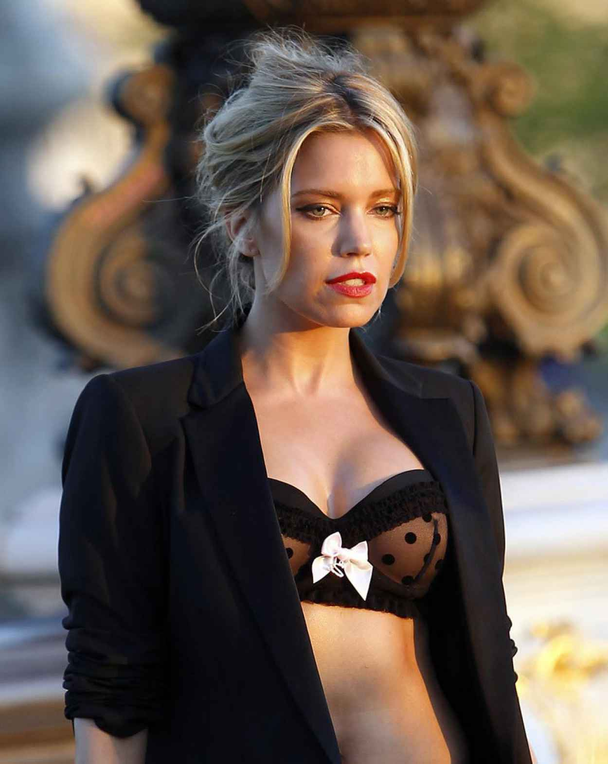 Sylvie Meis - Hunkemoller Photoshoot on the Alexandre III Bridge in Paris-1