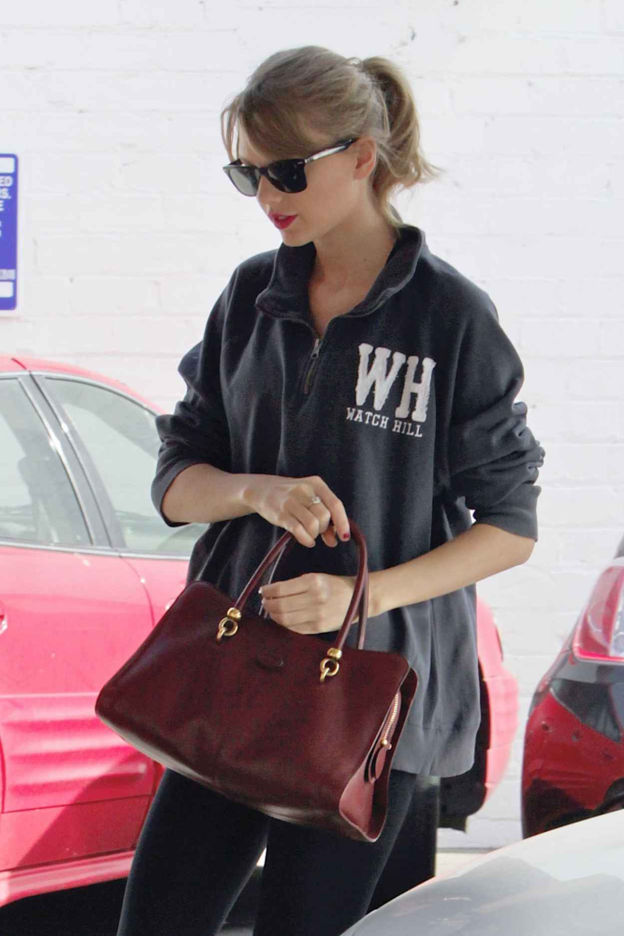 Taylor Swift Gym Style - Los Angeles, January 4, 2015-1