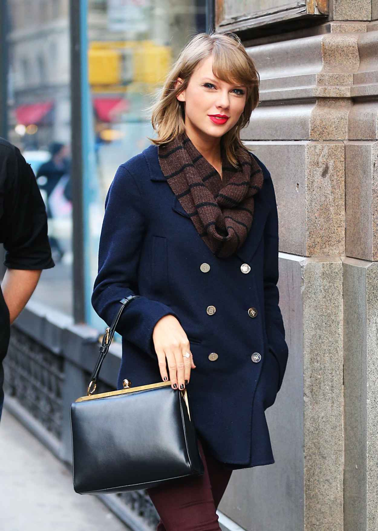 Taylor Swift Style Out In Nyc December 2015