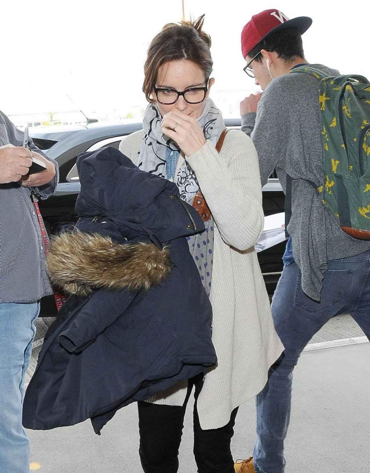 Tina Fey - at LAX Airport, Jan. 2015-2