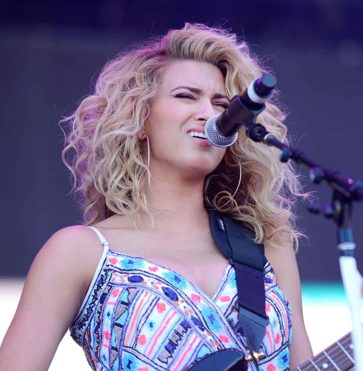 Tori Kelly - 2015 iHeartRadio Music Festival in Las Vegas-3