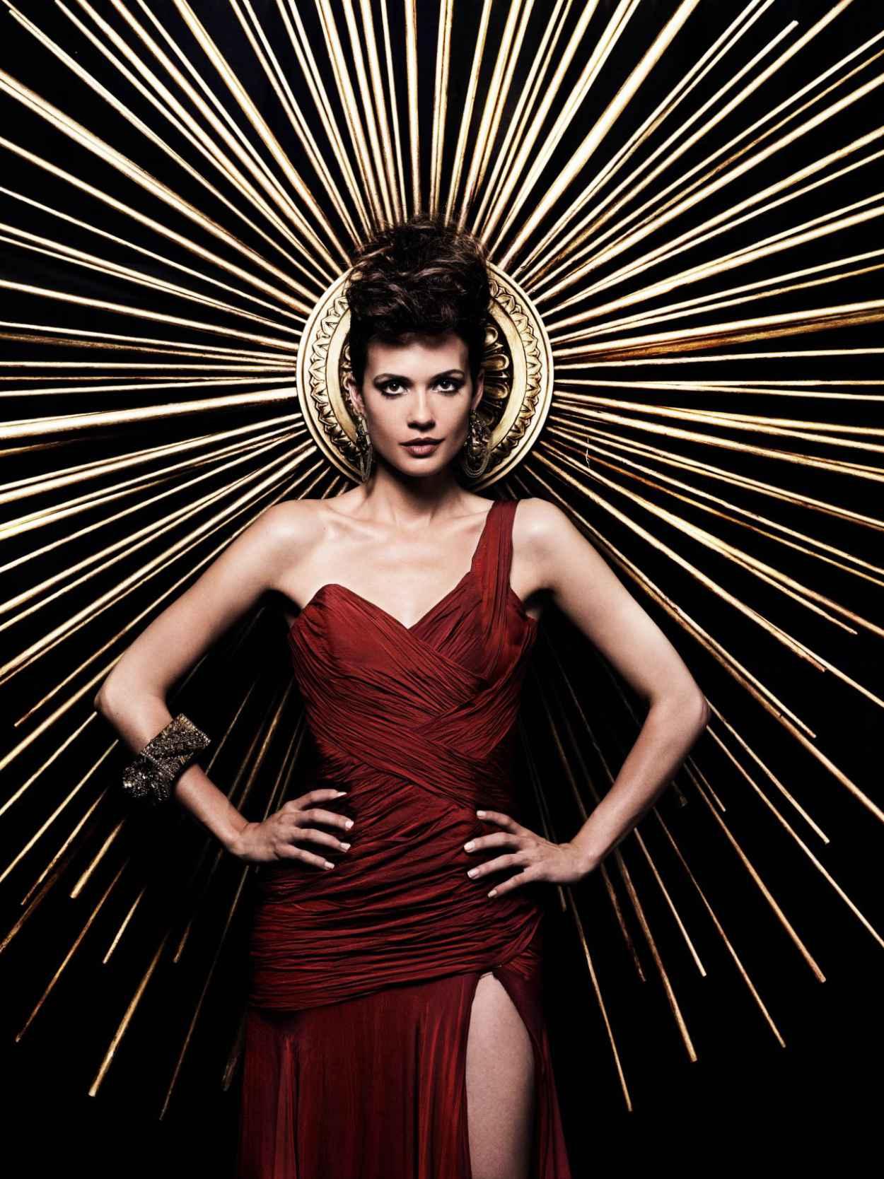 Torrey DeVitto - -The Vampire Diaries- TV Series - Season 4 Promo Photos-4