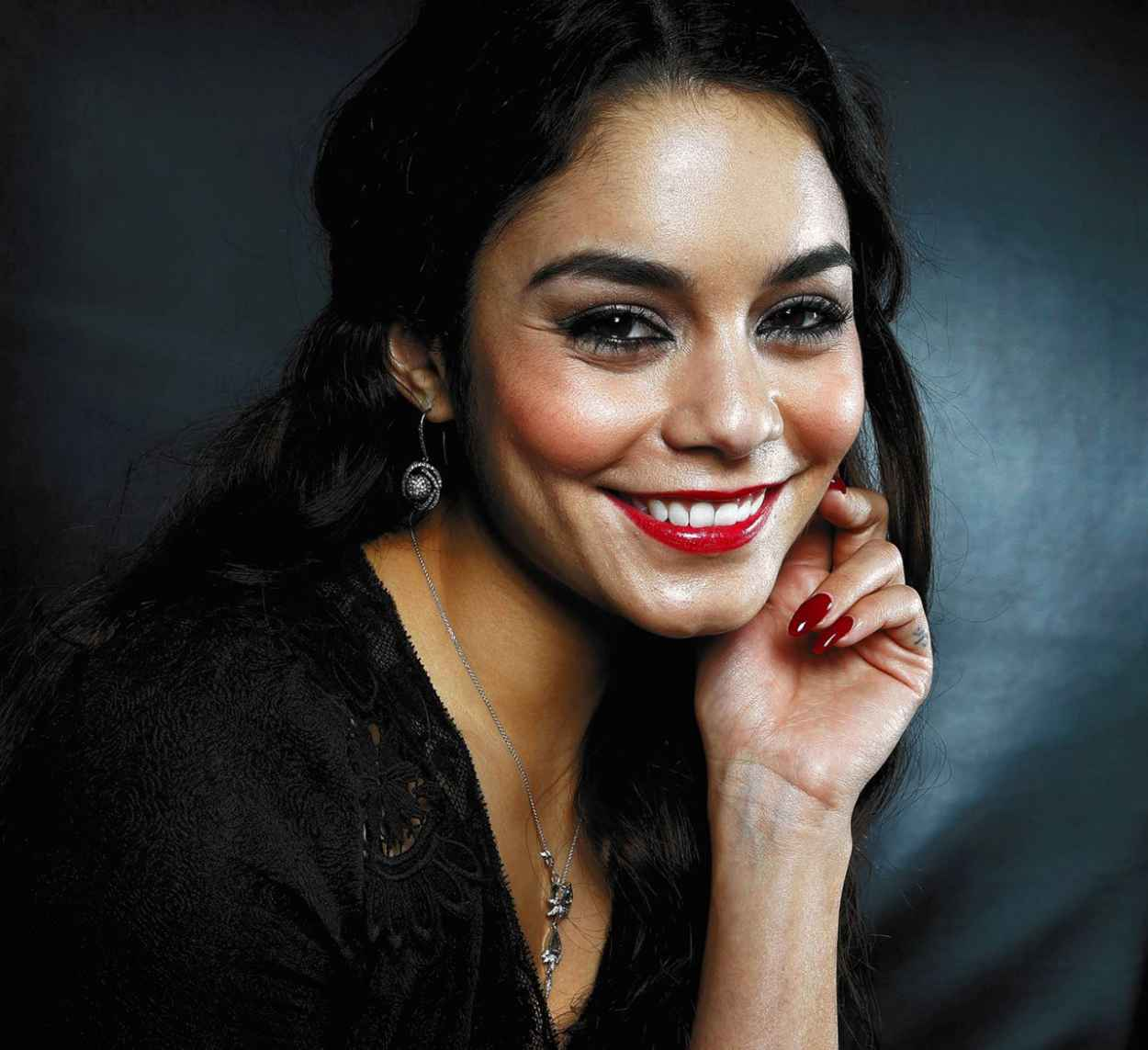 Vanessa Hudgens - Photoshoot For LA TIMES (2014)-1