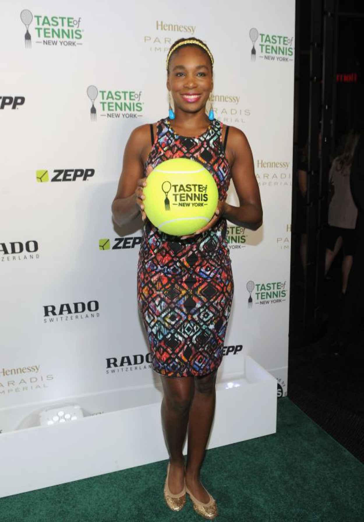 Venus Williams - 2015 Taste of Tennis Gala in New York City-1
