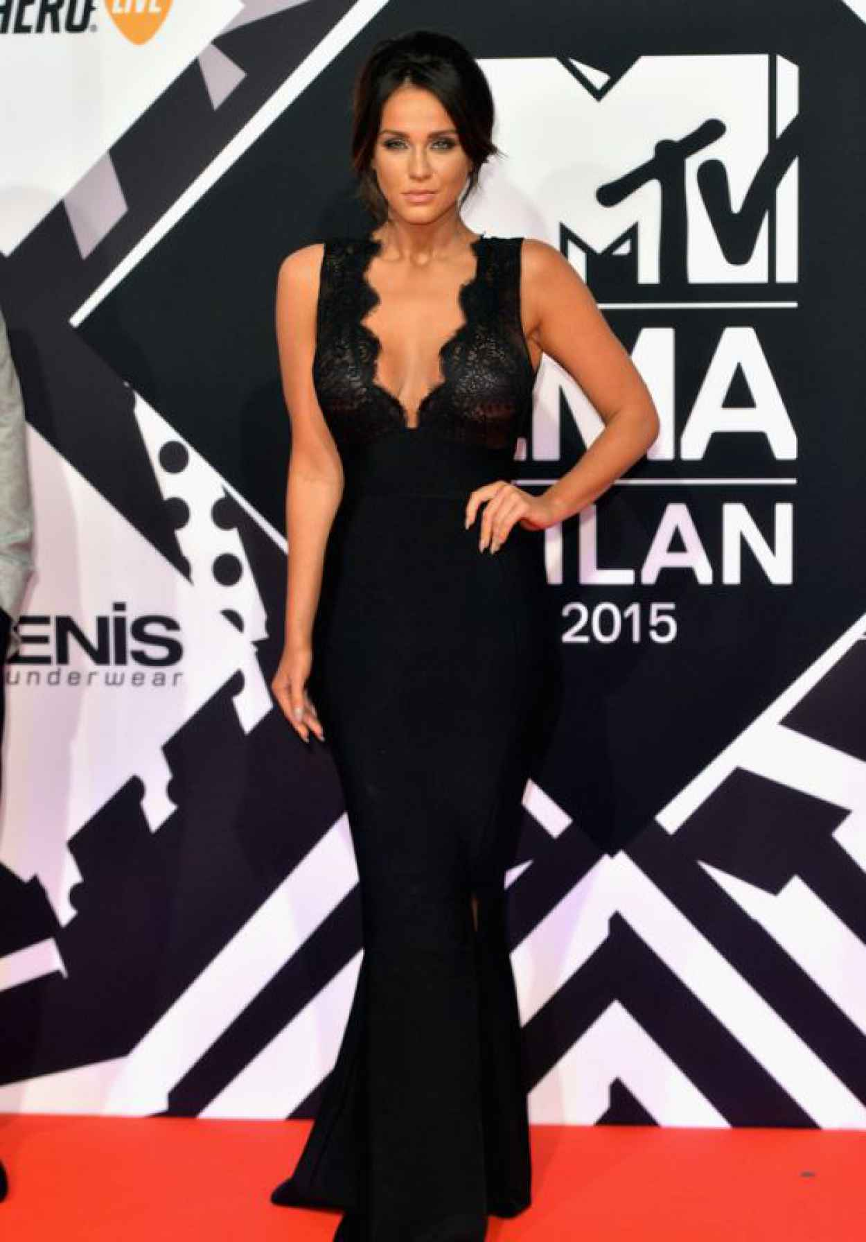 Vicky Pattison - 2015 MTV European Music Awards in Milan, Italy-1