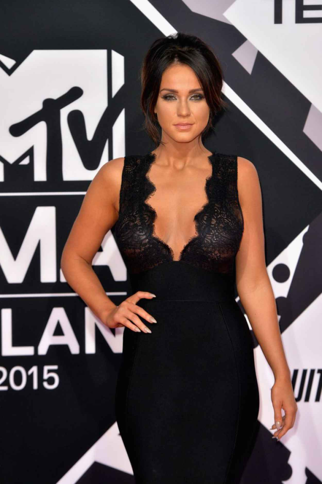 Vicky Pattison - 2015 MTV European Music Awards in Milan, Italy-4