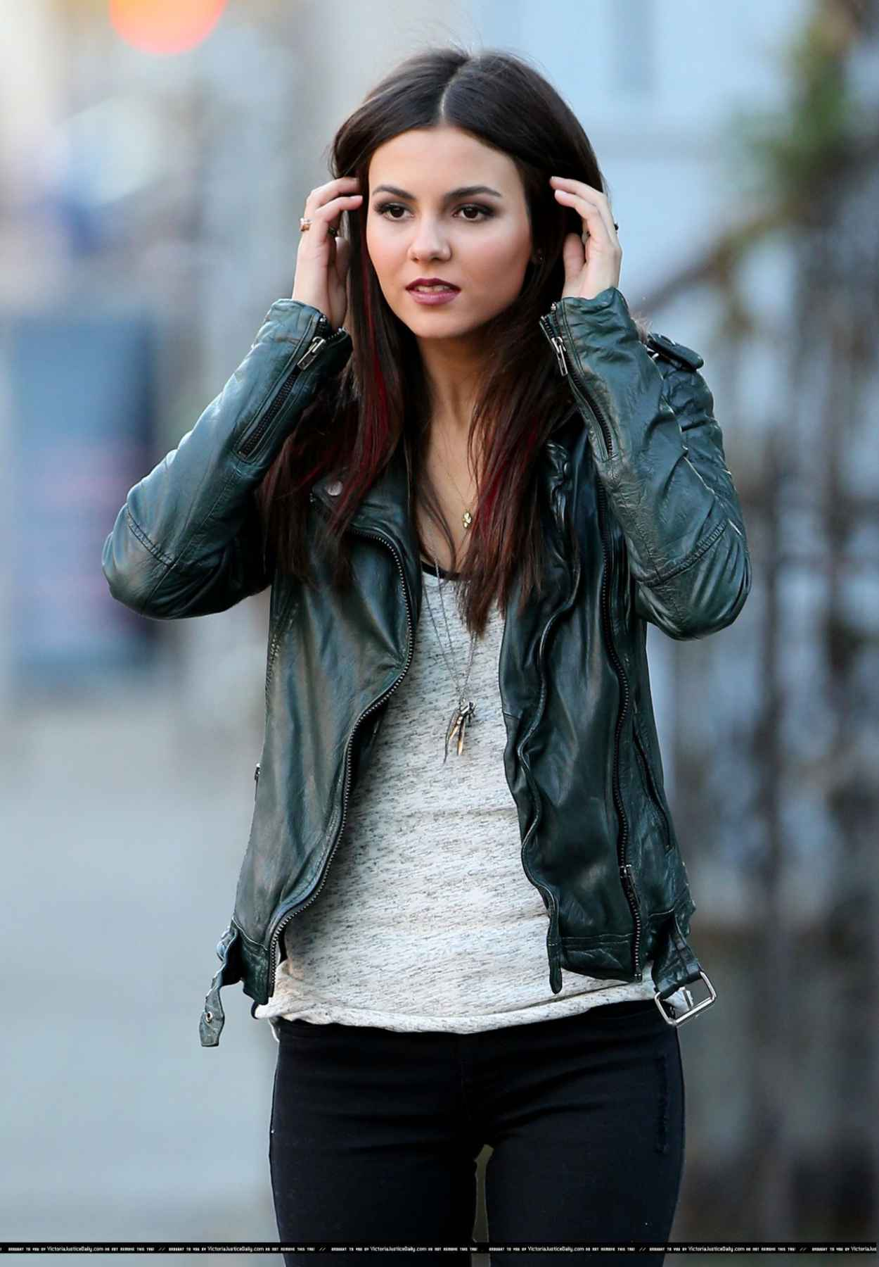 Victoria Justice - Filming EYE CANDY Pilot in New York City-1