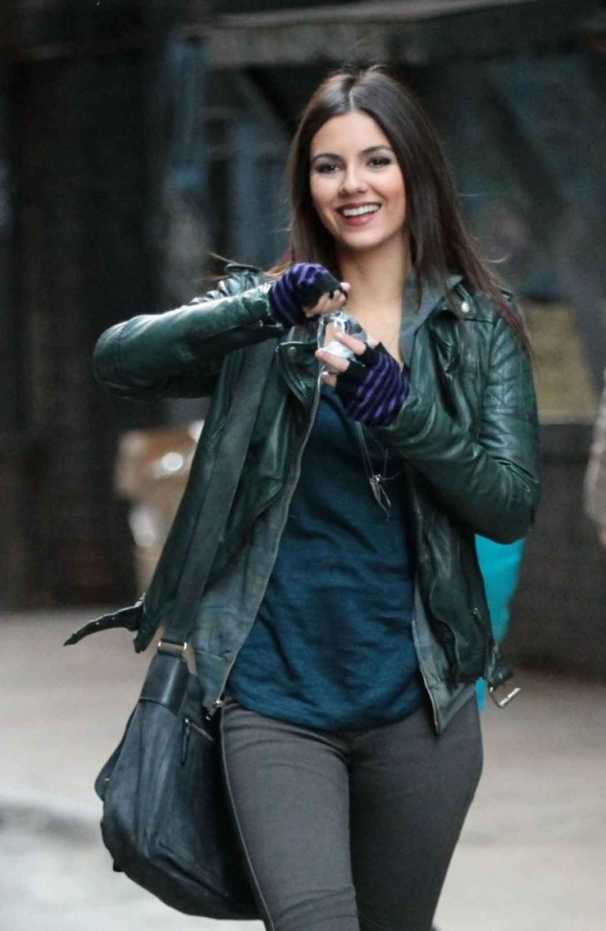 Victoria Justice - More Photos From The Set of EYE CANDY - New York City November 2015-1