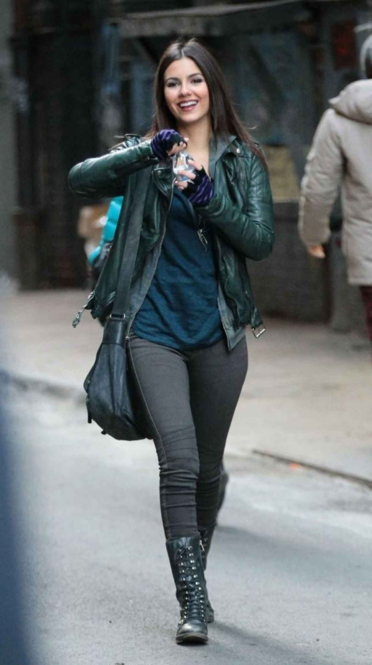 Victoria Justice - More Photos From The Set of EYE CANDY - New York City November 2015-4