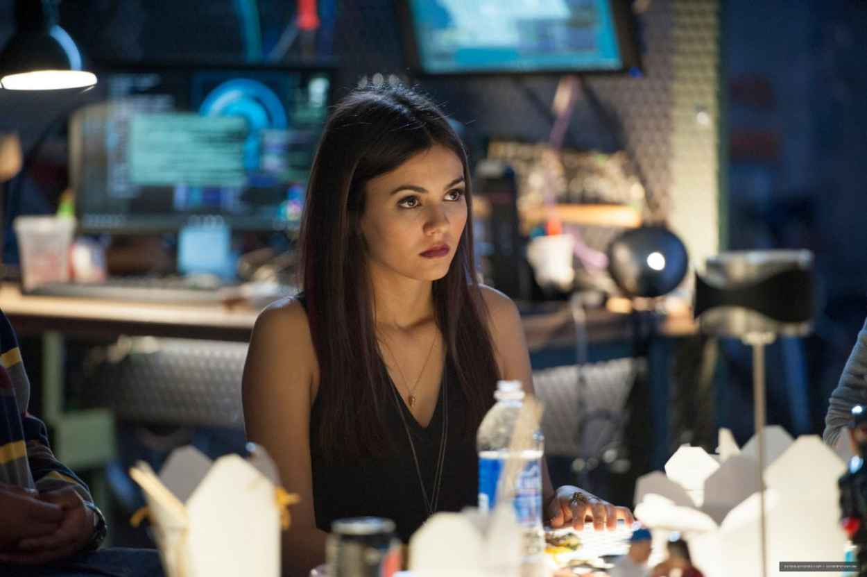 Victoria Justice - Two New Eye Candy Promo Images-1