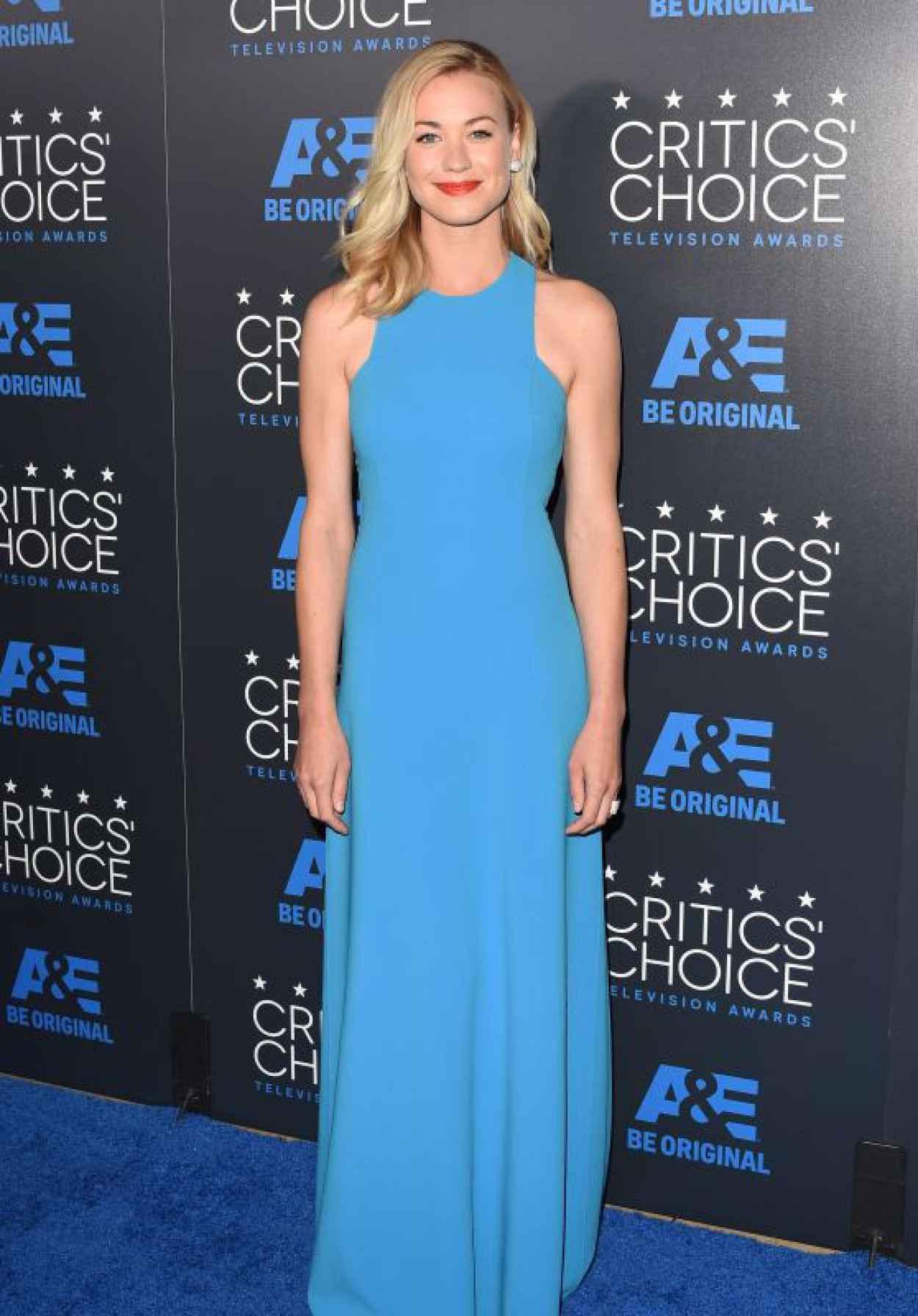 Yvonne Strahovski - 2015 Critics Choice Television Awards in Beverly Hills-1