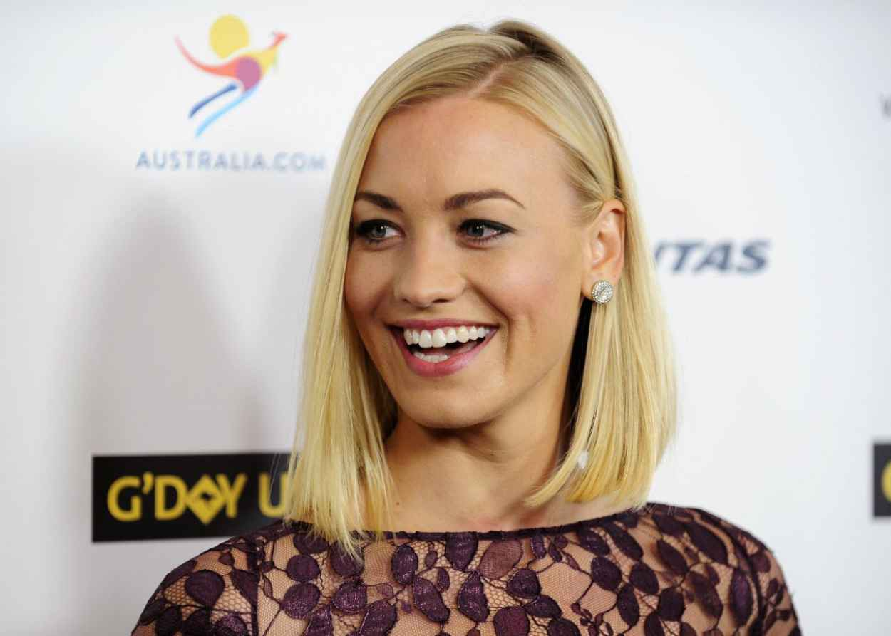 Yvonne Strahovski at GDay USA Black Tie Gala in Los Angeles 2015-1