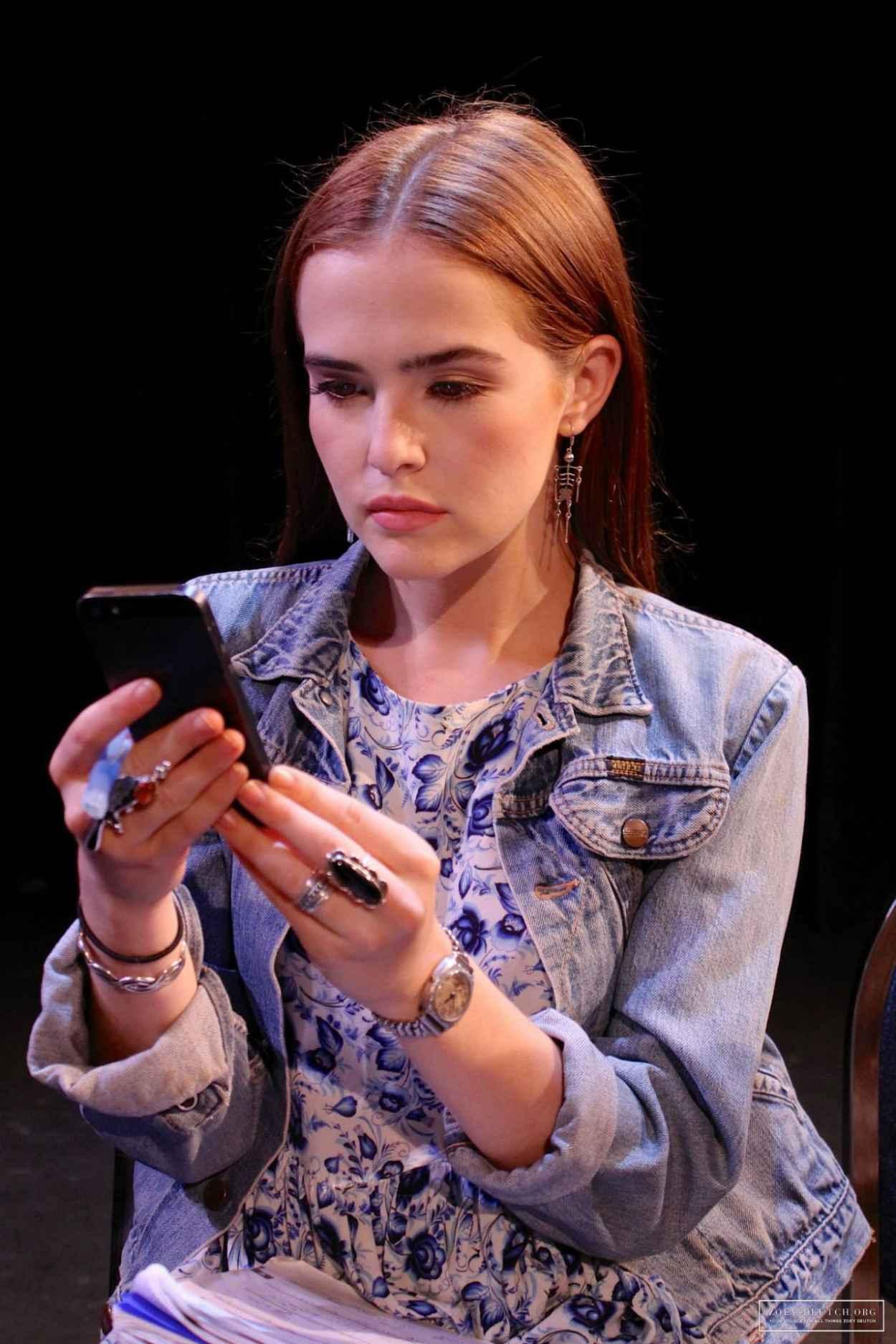 Zoey Deutch - Performing on Stage - Barophobia 2015-1
